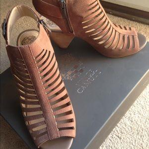 Vince Camuto Eliana sandal 8M